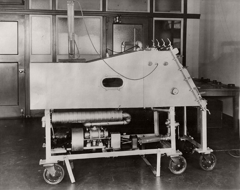 1930 Drinker Respirator. When this photo was taken on September 19, 1930, this Drinker iron lung at St. Luke's Hospital in Chicago, Illinois reportedly was the only one in existence between Chicago and California.