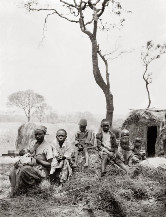 "Fazal Sheikh, Lukelatabaru's (""one who was born to make war"") family, Rwandan refugee camp, Lumasi, Tanzania, 1994, from the series A Sense of Common Ground. © Fazal Sheikh"