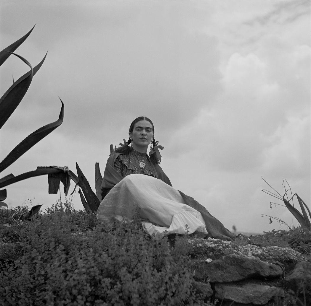1937 photograph of Frida Kahlo for Vogue