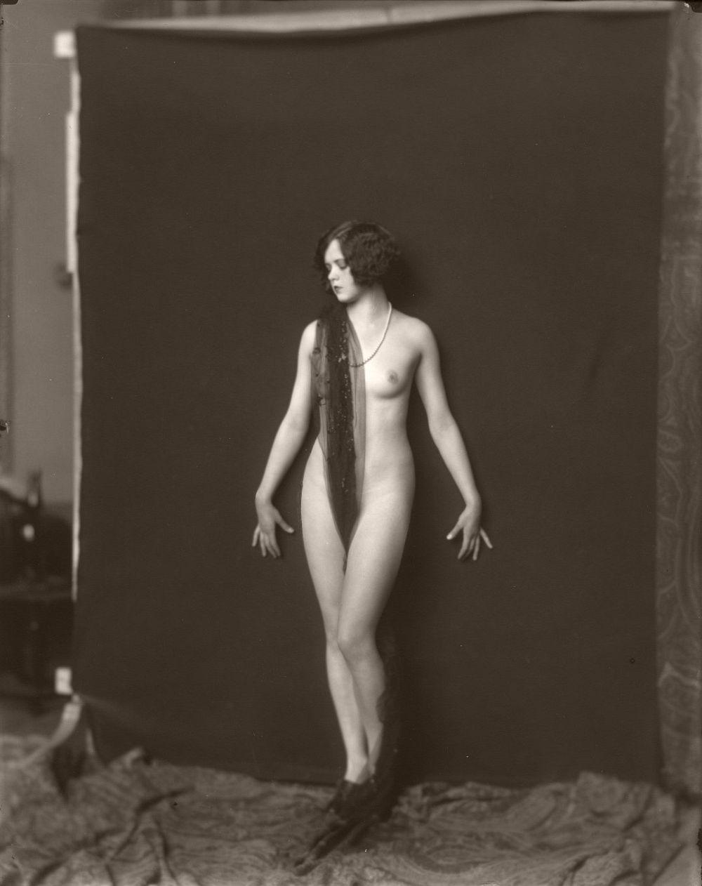 Ziegfeld Girls. Photo: Alfred Cheney Johnston