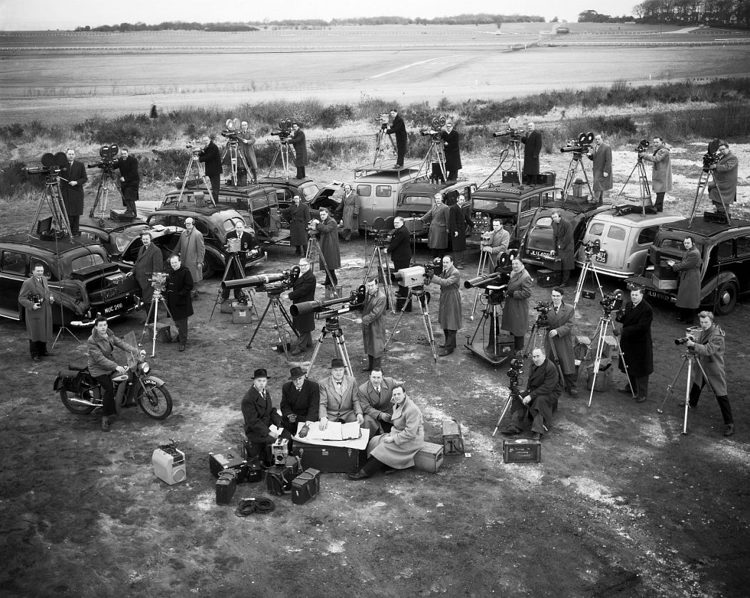 Newsreel Cameramen (1952) © Cornel Lucas Collection