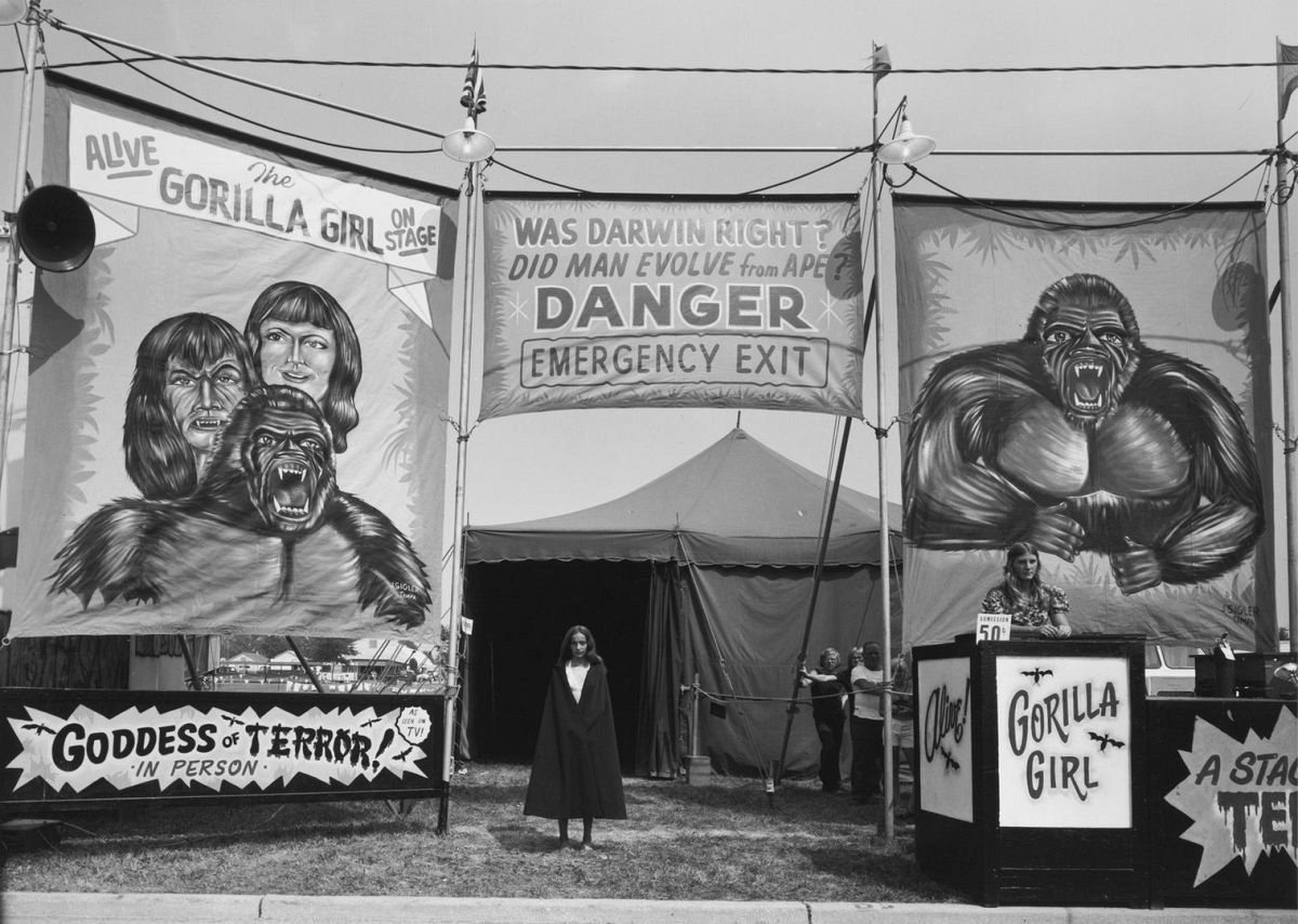 Count Nicholas' Gorilla Show, Gooding Amusements, Maumee, Ohio, 1974