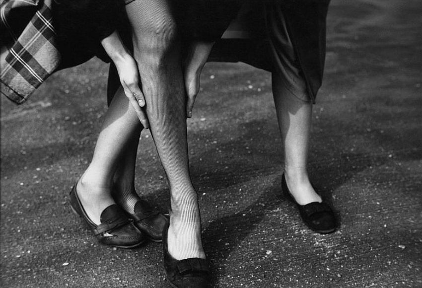 Kathy and Gloria, c. 1948. Picture: © Saul Leiter, courtesy Howard Greenberg Gallery, New York / Steidl