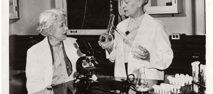 Vintage: American Female Scientists at Work