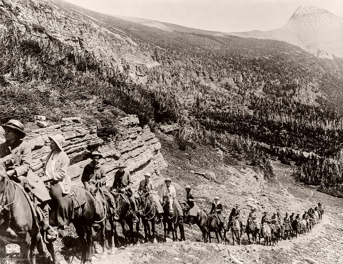Tourists ride up a trail in Rocky Mountain National Park, 1909. (Library of Congress)