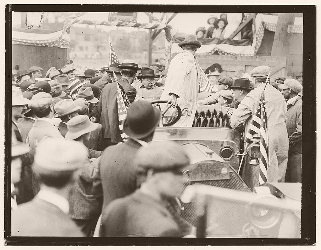 Colonel Roosevelt speaking at Bound Brook, New Jersey. April 25, 1912.