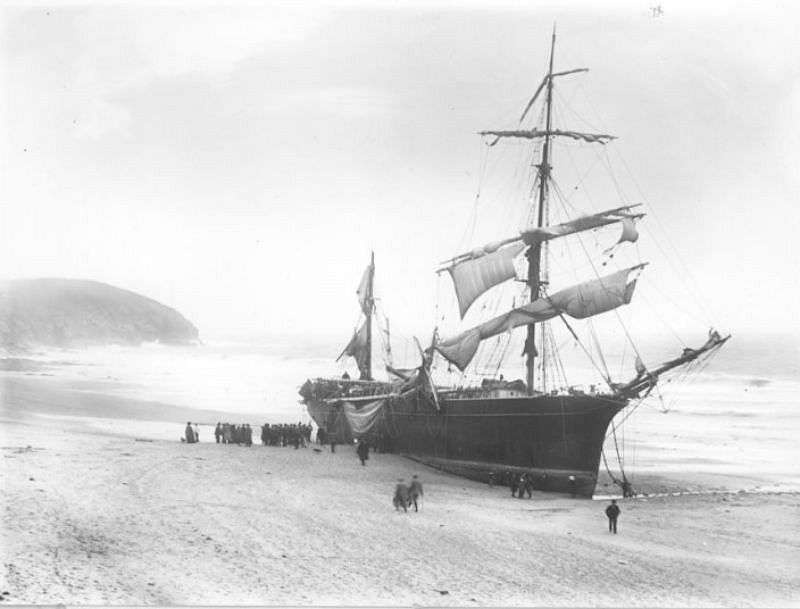 The Noisiel, Praa Sands, Cornwall, 1905, travelling from Cherbourg to Italy with 600 tons of armorplate.