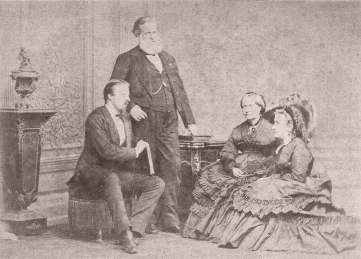 Dom Pedro II, a imperatriz Thereza Christina Maria, a princesa Isabel e o conde d'Eu. Rio de Janeiro. 1875