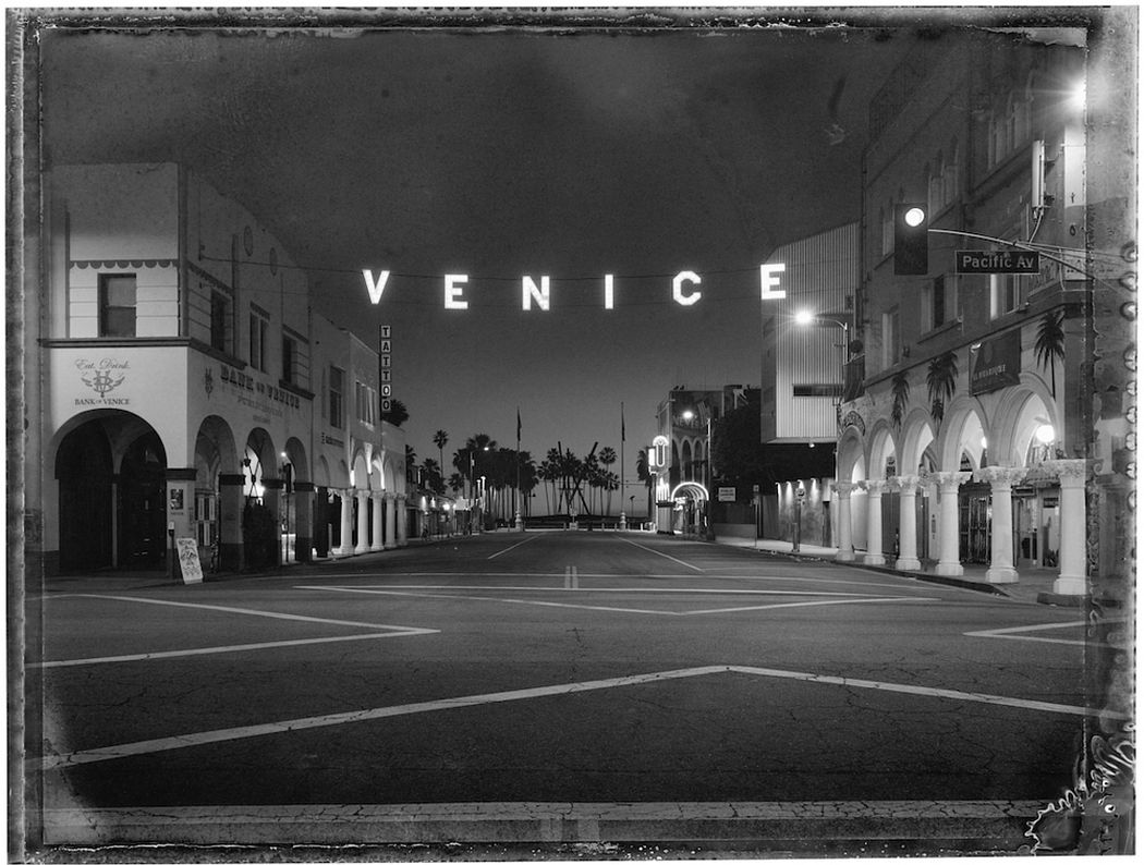 Christopher Thomas: Los Angeles, Venice Sign, Venice, 2017 © Christopher Thomas