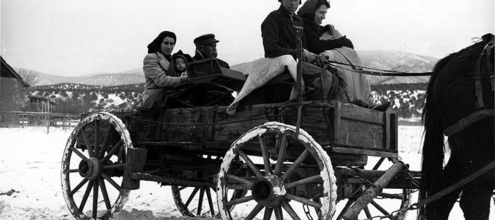 Vintage: Everyday Life in New Mexico during the WWII by John Collier Jr.