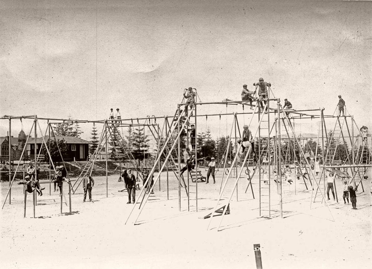Hiawatha playground, 1912.
