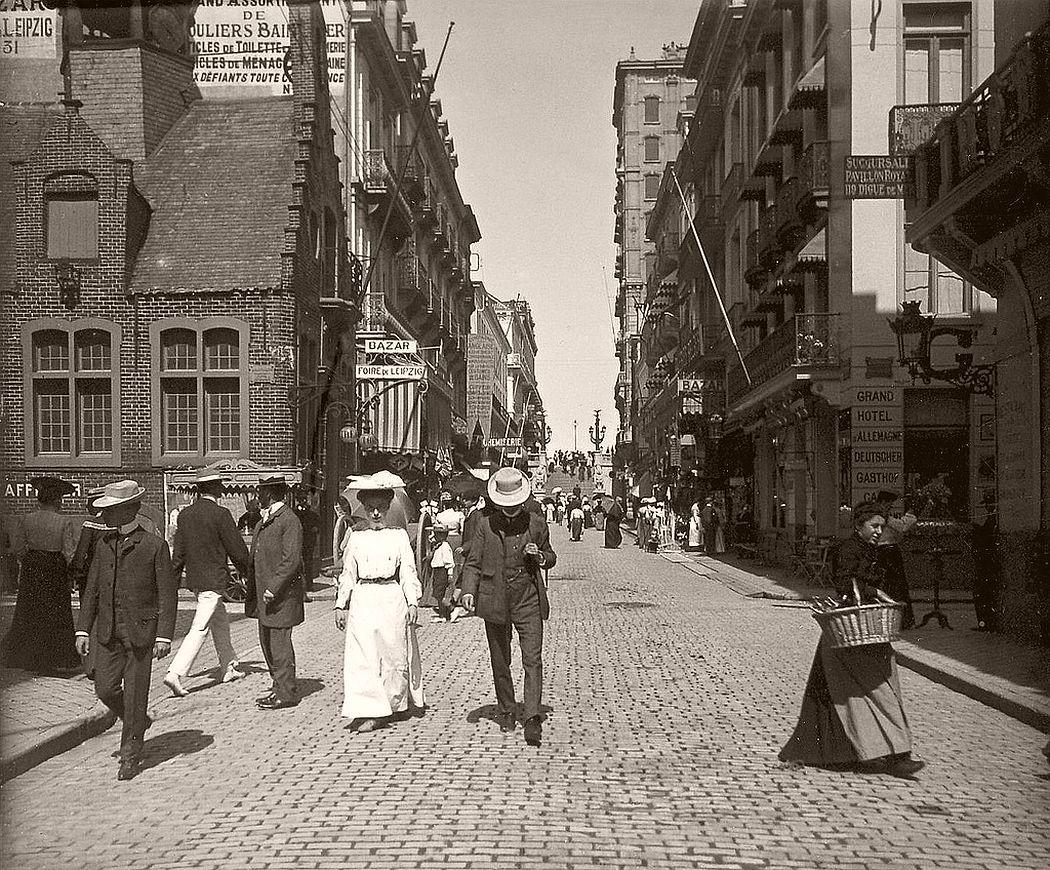 Street in Blankenberge, Belgium, 1907