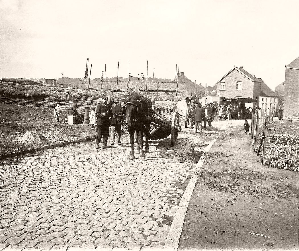 Brick-yard at Brussels in 1907