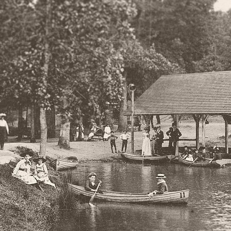 Paddling around Lake Abana in Atlanta's Grant Park in 1895