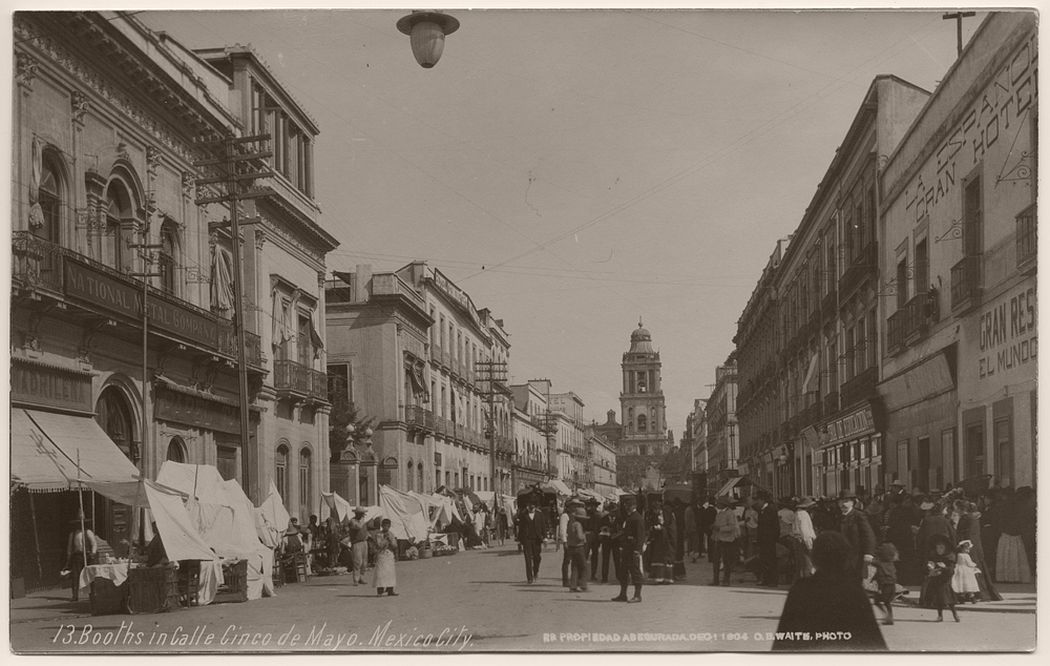 Booths in Calle Cinco de Mayo, Mexico City, 1904