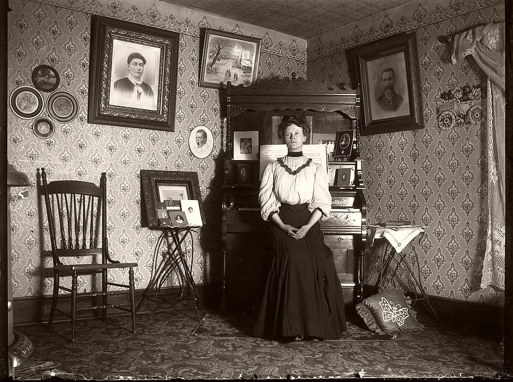Vintage: Glass Plate Negatives Portraits of Victorian Era Ladies (1860s-1870)