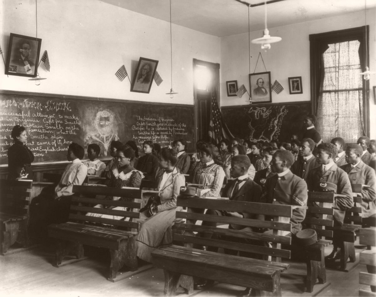 History class at the Tuskegee Institute