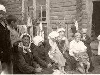 Vintage: Everyday Life of Soviet People during World War II