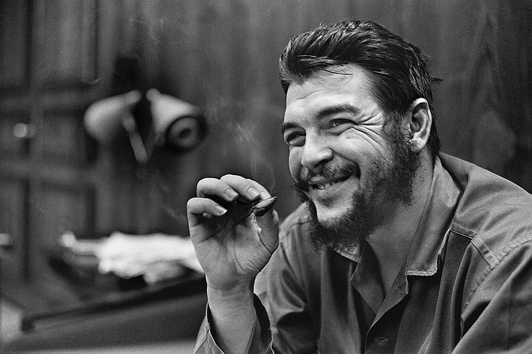 © CUBA by Elliott Erwitt, published by teNeues, www.teneues.com, Che Guevara, Havana, 1964, Photo © 2017 Elliott Erwitt/Magnum Photos. All rights reserved.