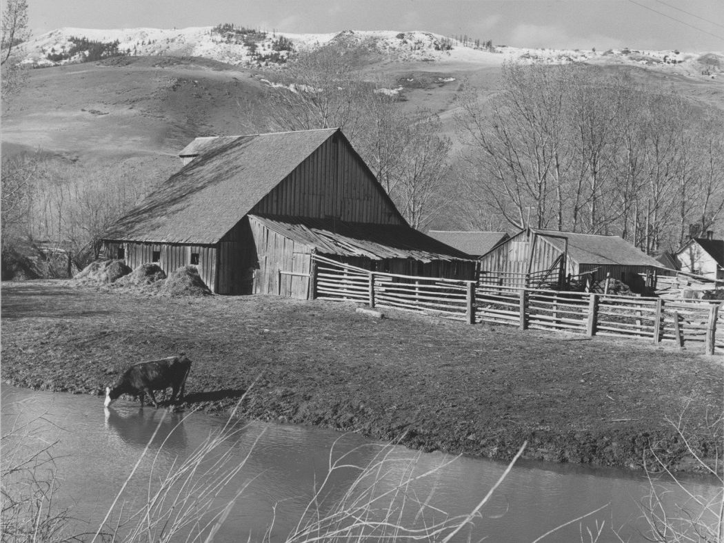 Minor White, Farm, Grande Ronde Valley, Oregon, 1941