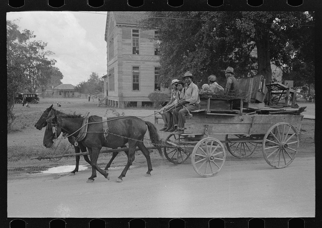 Negro family moving, Opelousas, Louisiana, 1938.