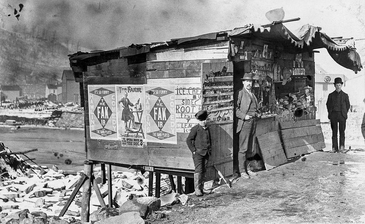 A souvenir stands sells flood memorabilia.  Image: Bettmann/Getty Images