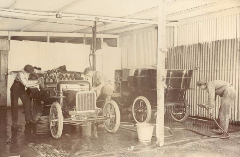 The Lewis car wash, unknown location, c1905-6