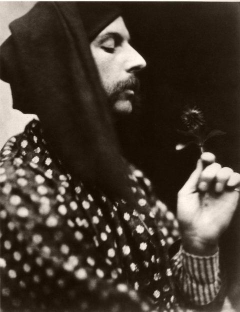 Biography: 19th Century Portrait photographer David Wilkie Wynfield