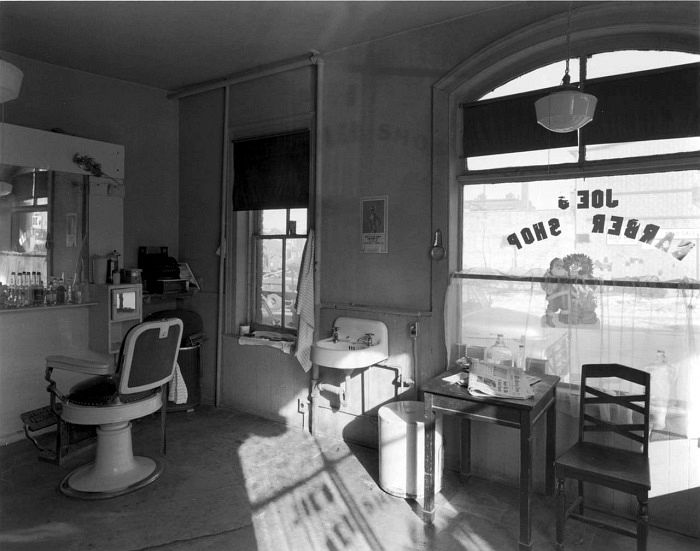 Joe's Barber Shop, Paterson, New Jersey, 1970