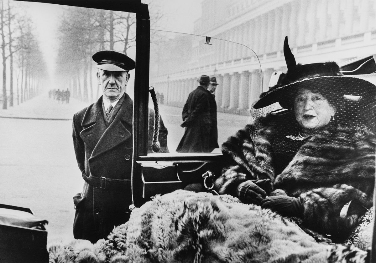 Inge Morath Mrs. Eveleigh Nash, London, 1953 © Magnum Photos / Inge Morath Foundation / Fotohof archiv