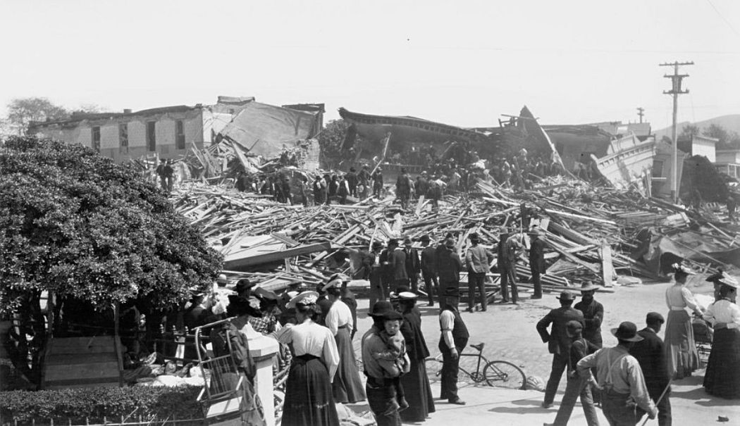 Assessing the damage in Santa Rosa, California, 1906.