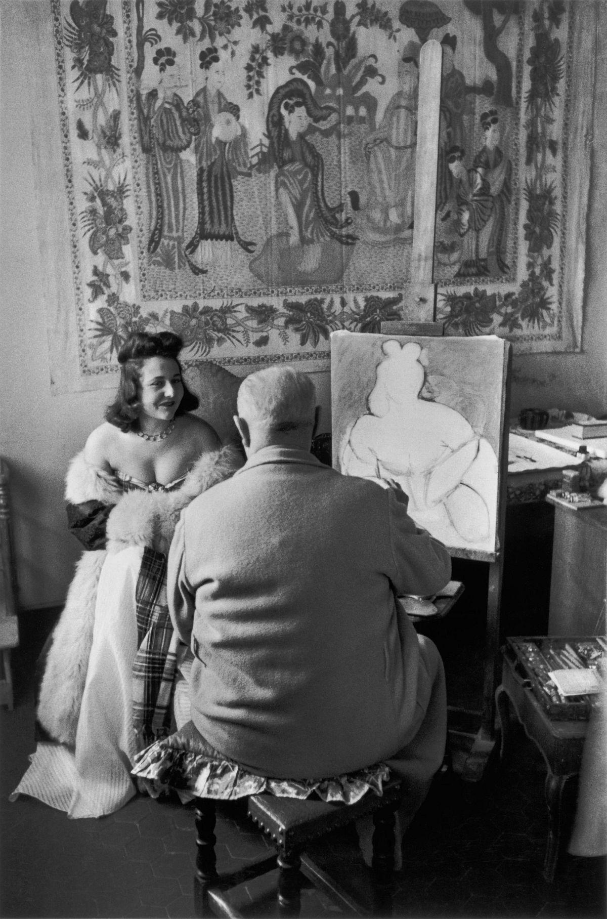 Henri Cartier-Bresson, The Decisive Moment (Simon & Schuster, 1952), p. 69, Henri Matisse and His Model Micaela Avogadro, Vence, France, 1944. © Henri Cartier-Bresson/Magnum Photos.