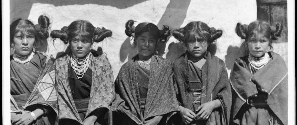 Vintage: American Indian Girls (1900s)