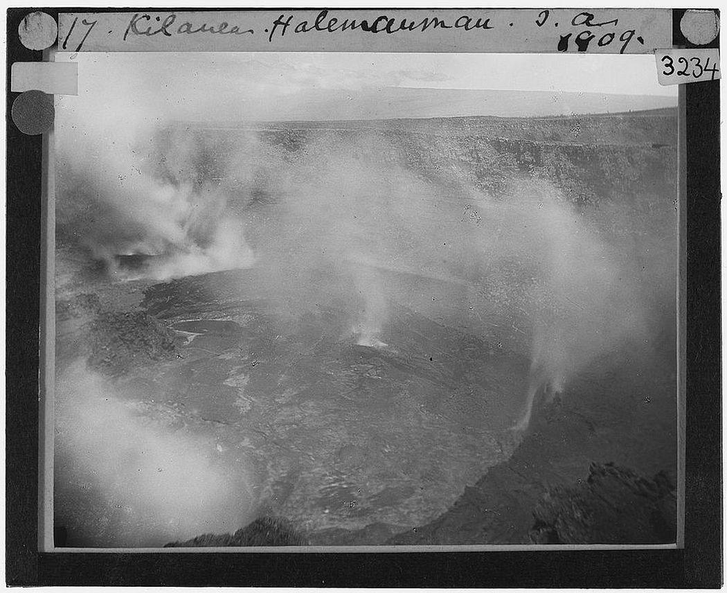 The caldera of Kilauea, Hawaii (1909)