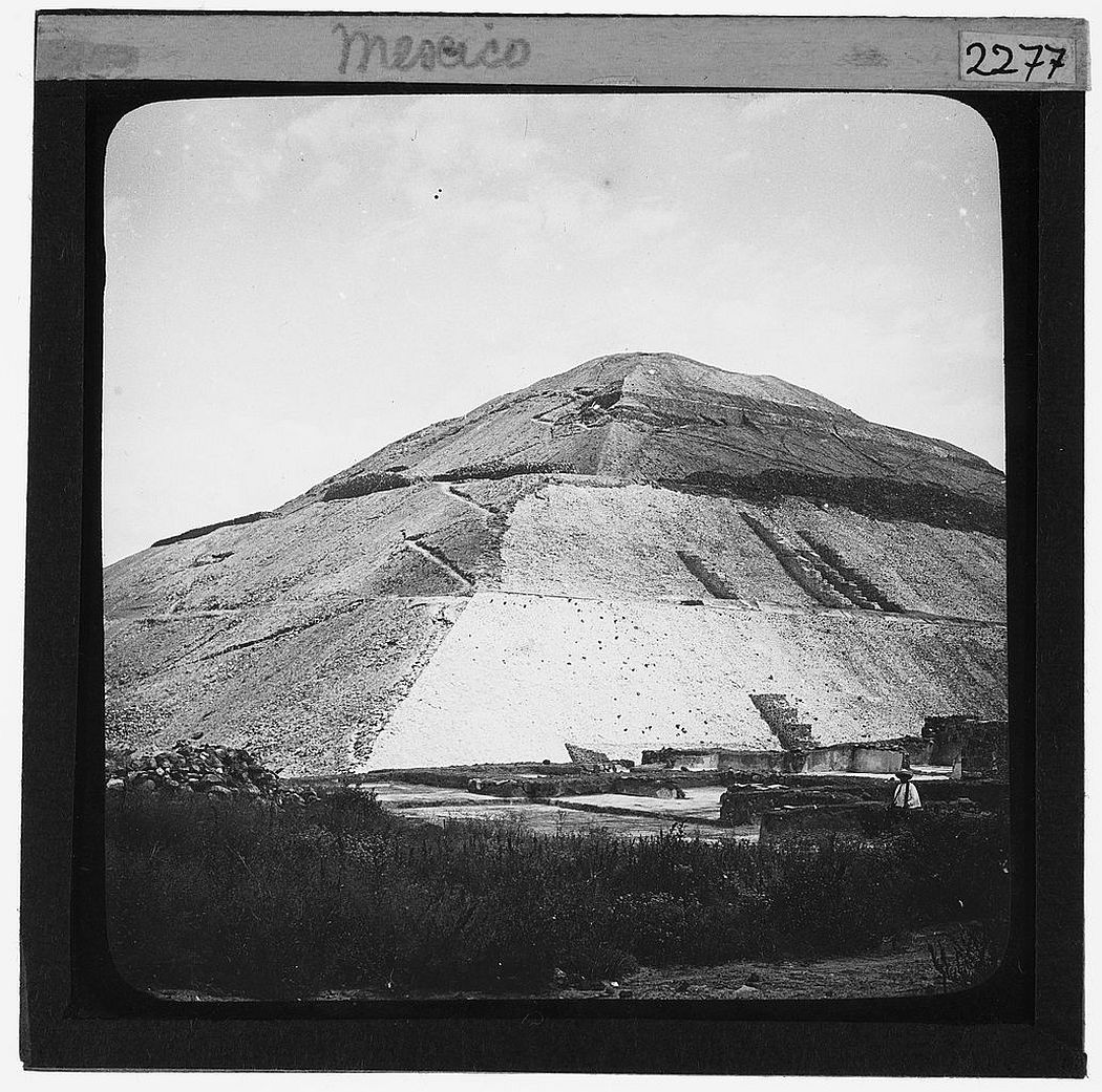 Pyramid of the Sun at Teotihuacan, Mexico (1906)