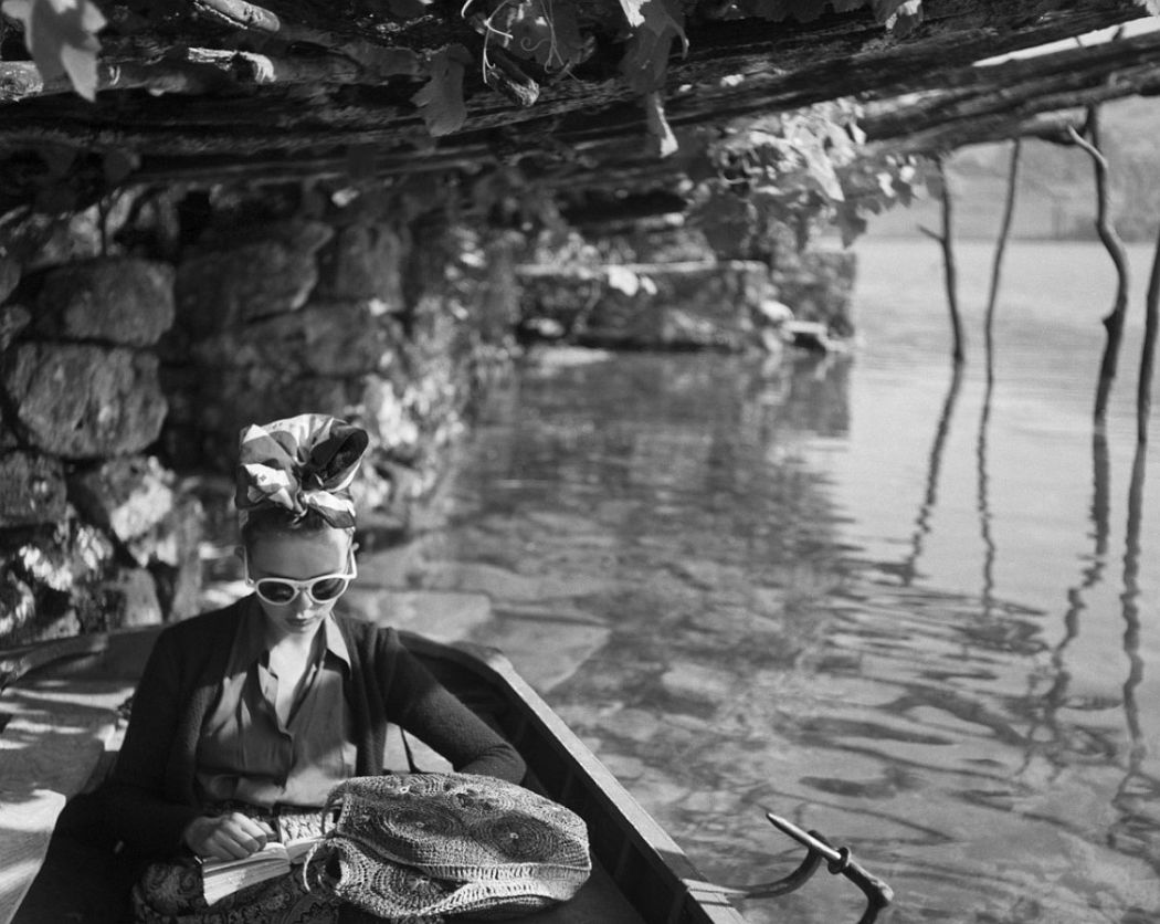 Jacques Henri Lartigue, Florette, Talloires, août, 1943, © Ministère de la Culture - France / A.A.J.H.L Enlarge