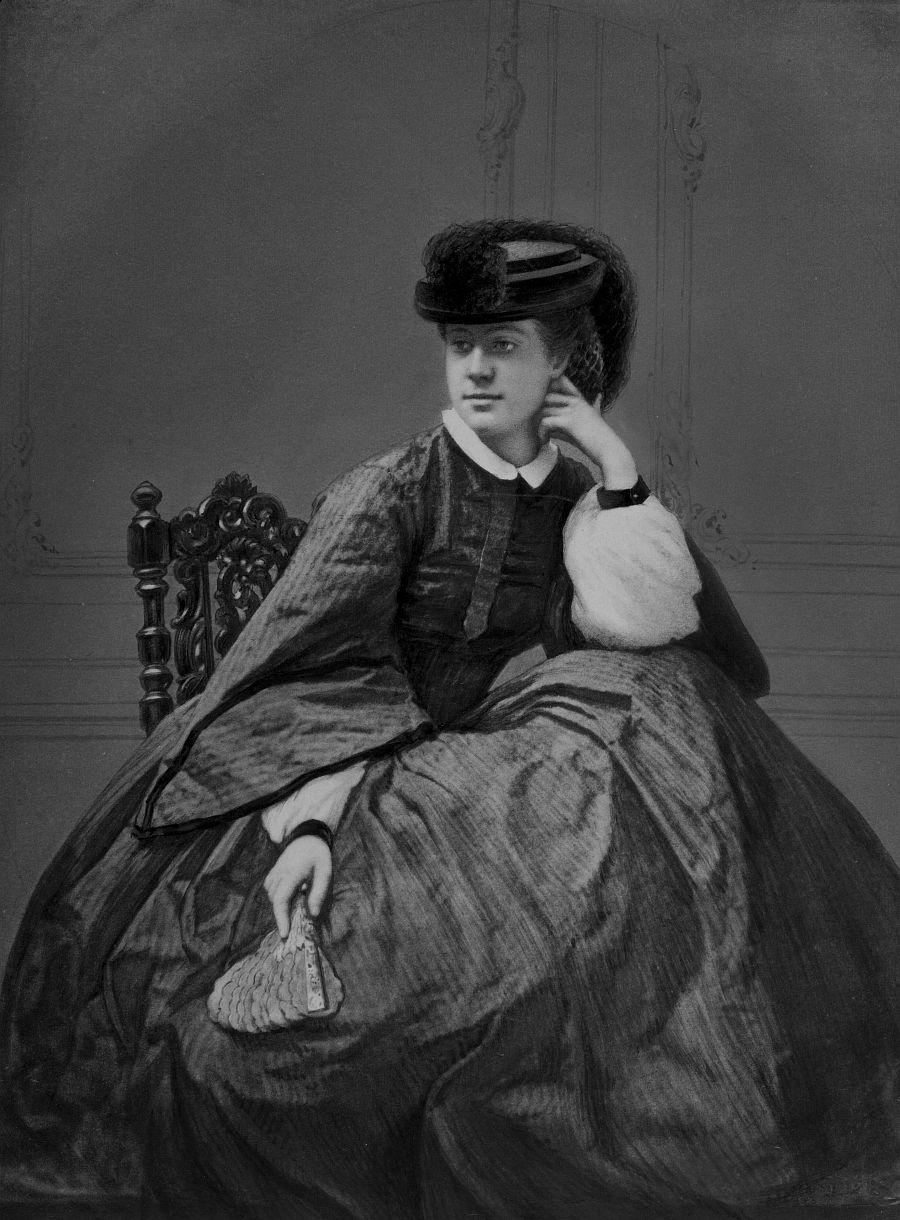 Alexandrine Tinne (1835-1869). Circa 1855-1860 gefotografeerd door Robert Jefferson Bingham (1825-1875), Parijs; reproductie uit 1874 door Maurits Verveer (1817-1903), Den Haag.