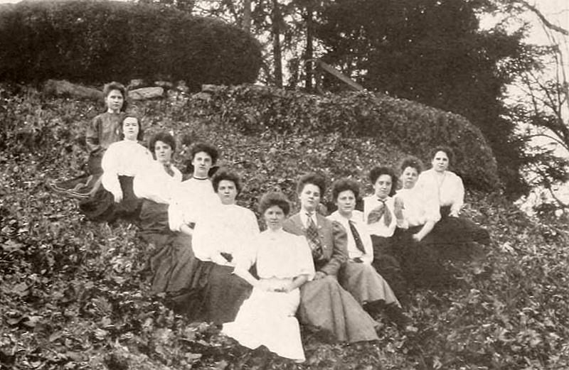 Virginia Club, Salem College, 1907