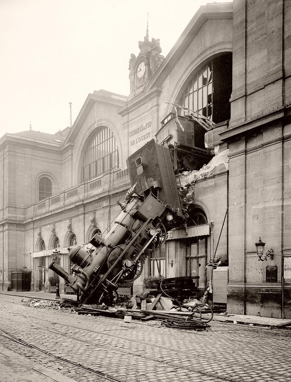 Montparnasse Train Derailment in Paris (1895)