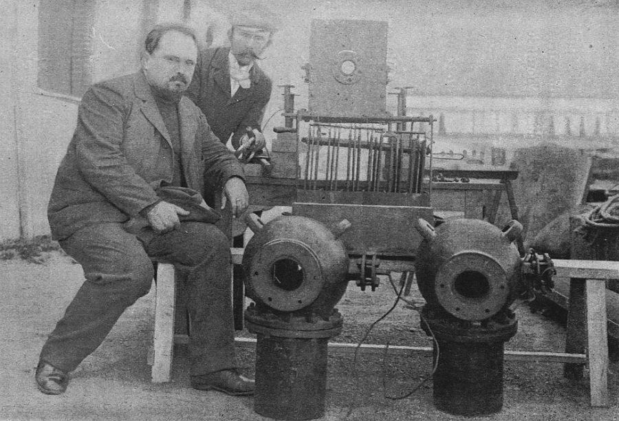 Louis Boutan on left with his Dual Carbon Lamps
