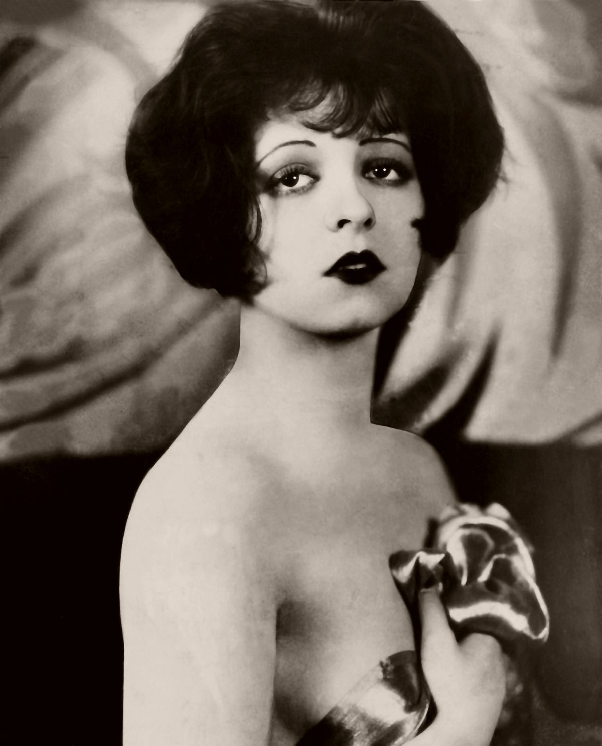 vintage portraits of clara bow � silent movie star