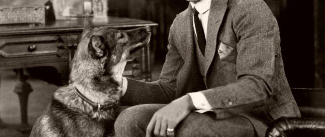 Vintage: Portraits of Rudolph Valentino (1920s)