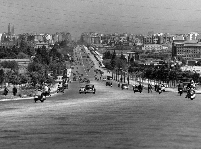 Francesc-Catala-Roca-Madrid-Barcelona-in-the-1950-33