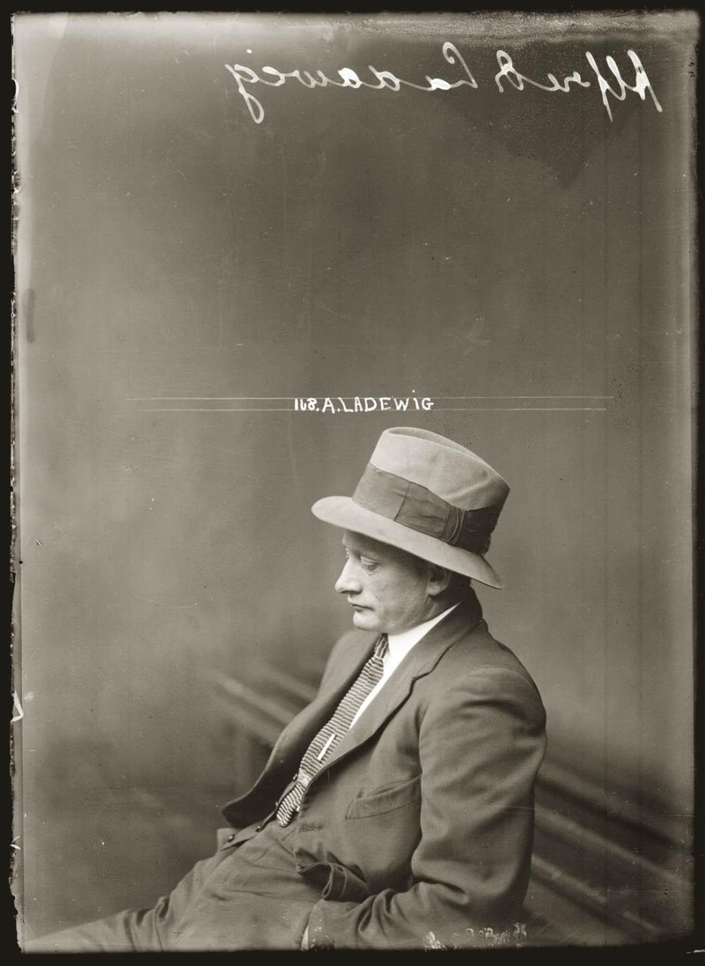 Glass-Plate-Mugshots-from-the-1920-46
