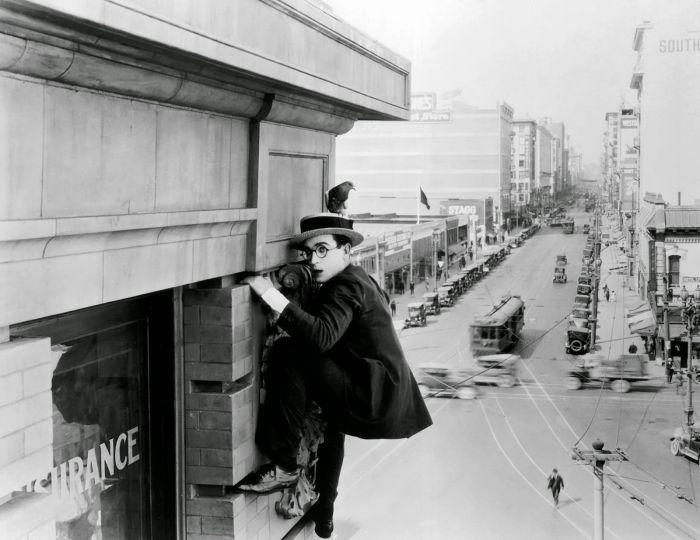 Safety-Last-1923-03