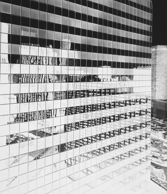 Vera-Lutter-urban_landscapes_27