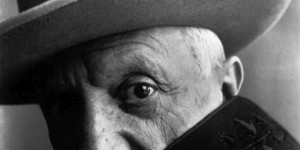 Biography: Fashion/Portrait photographer Irving Penn