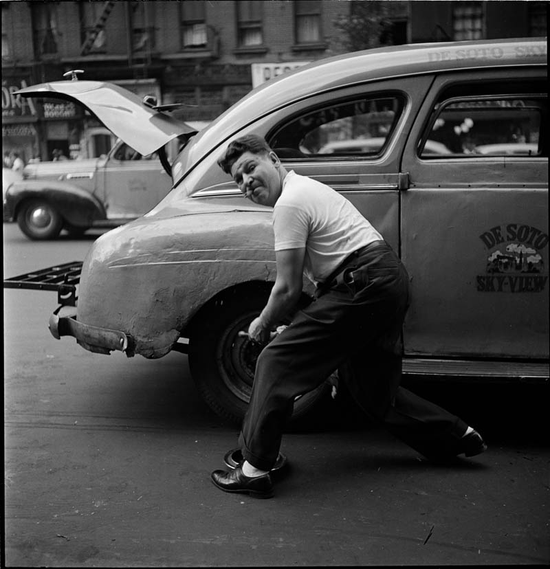 Changing the Tire – 1946