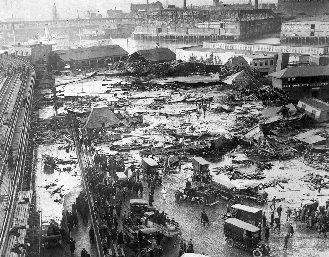 Boston-Molasses-Disaster-Flood-of-1919-01