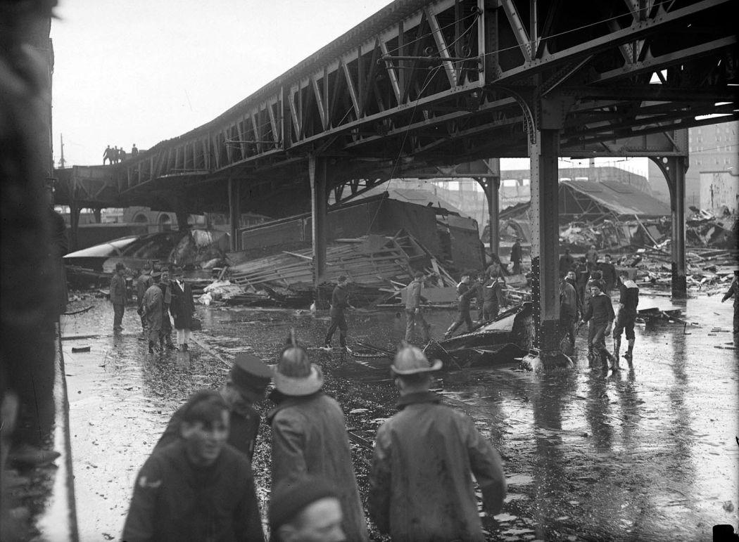 Boston-Molasses-Disaster-Flood-of-1919-02